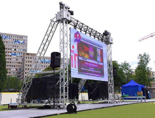 LED-Wand outdoor Videowand Verleih mieten