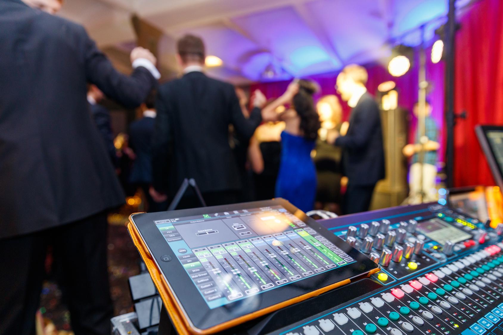 Tontechnik Lichteffekte für Party Verleih