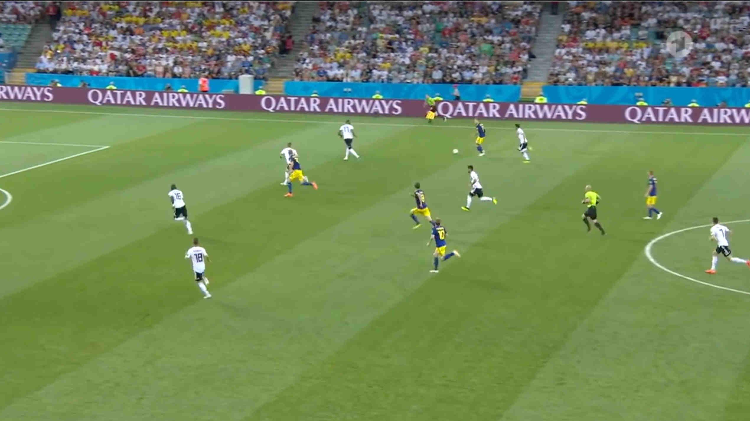 Eventtechnik Videotechnik Videowand Projektor für Fussball EM2020 mieten